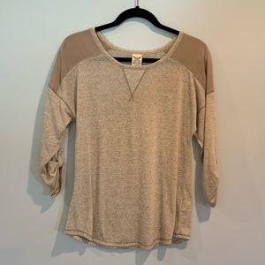 Tan 3/4 sleeve shirt